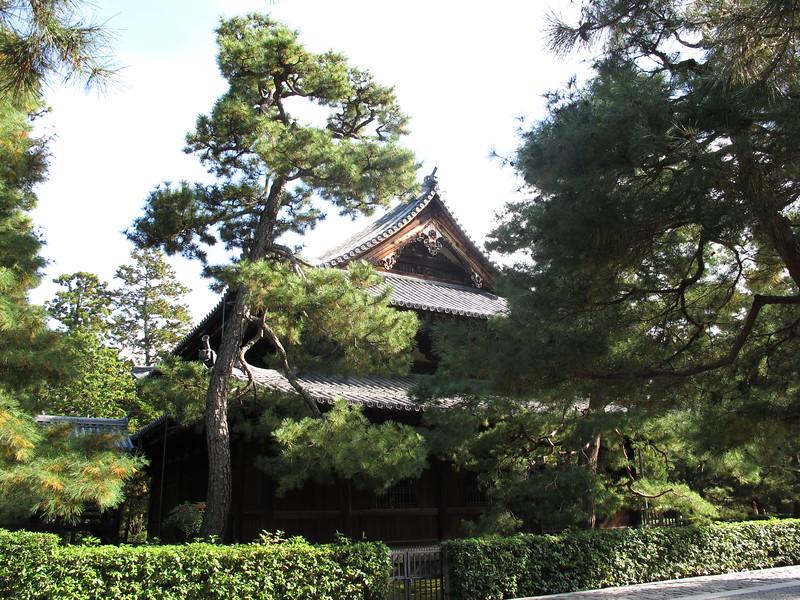 The Butsu-den