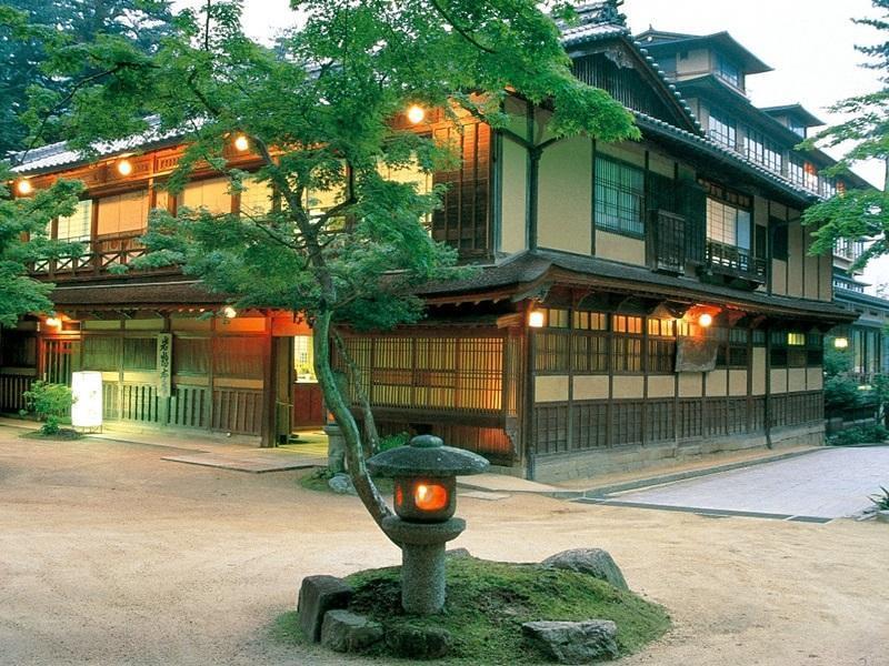 Iwaso Ryokan Hotel, Hiroshima and Miyajima